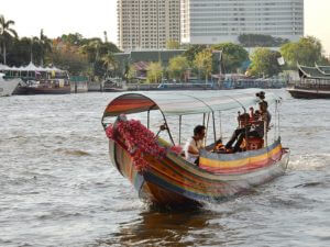 Openbaar vervoer Bangkok - Taxiboot