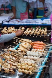 Op straat eten in Thailand