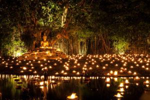 feestdagen-in-thailand-makha-bucha